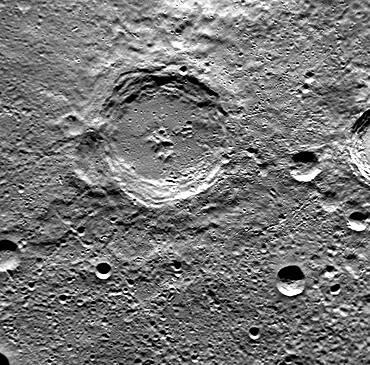 Mercury, Dickens Crater