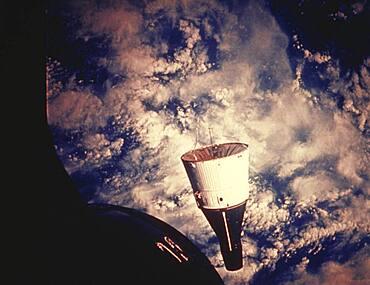 Gemini 7 in Space