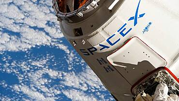 SpaceX Dragon at ISS