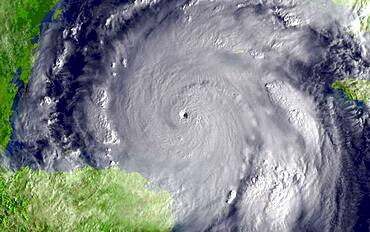 Hurricane Wilma, 2005