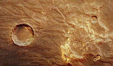 Thaumasia mountains and Coracis Fossae, Mars Express