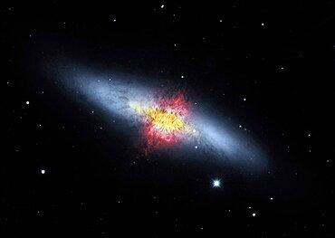Cigar Galaxy, M82