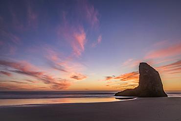 Sea stack at sunset, Bandon Beach, southern Oregon Coast.