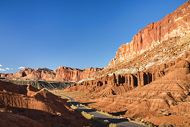 Scenic Drive and the layered sandstone escarpment of Waterpocket Fold, Capitol Reef National Park, Utah.