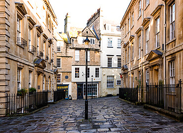View towards North Parade Buildings, Bath, Somerset, England