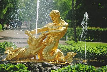 Triton Fountain, Summer Palace, Petrodvorets (Peterhof), near St. Petersburg, Russia