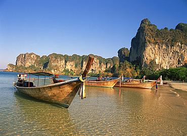 Long tail boats moored at Railay Beach, Krabi, Thailand, Southeast Asia, Asia
