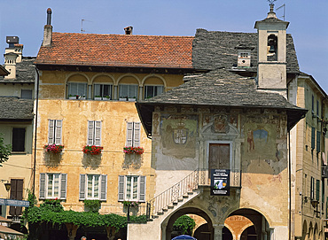 Painted walls on a building in the town of Orta on Lake Orta, Piedmont, Italy, Europe