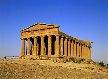Temple of Concord, Valley of the Temples, Agrigento, Sicily, Italy, Europe
