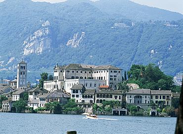 Isola San Giulio, Lake Orta, Piedmont, Italy, Europe
