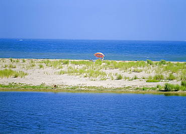 Beach and sea in Wasque Wildlife Refuge, Chappaquidick Island, Martha's Vineyard, Massachusetts, USA *** Local Caption ***