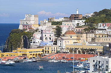 View the harbour on the island of Ponza, off the southwest coast of Italy, Italy, Mediterranean, Europe
