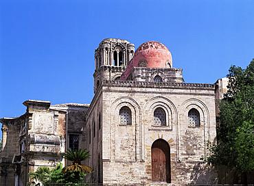 Chiesa di San Giovanni degli Eremiti, Palermo, Sicily, Italy, Europe