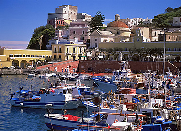 The harbour on the island of Ponza, Italy, Tyrrhenian Sea, Mediterranean, Europe