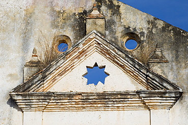 A detail from a ruined church, Iglesia de Santa Ana on the outskirts of Trinidad, Cuba, West Indies, Central America