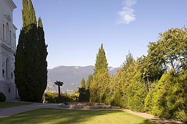 The garden at the Livadia Palace, Yalta, Crimea, Ukraine, Europe