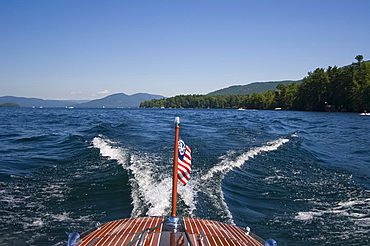 The view from a speed boat on Lake George, the Adirondack Mountains, New York State, United States of America, North America
