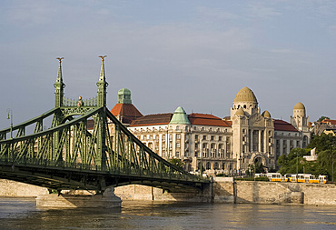 Liberty Bridge and the Gellert Hotel on the Danube River, Budapest, Hungary, Europe