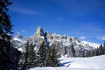 Sassongher Mountain seen from the snow covered Alta Badia ski resort near Corvara in the Dolomites, South Tyrol, Italy, Europe