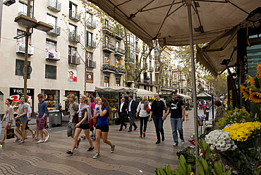 People walking along Las Ramblas in Barcelona, Catalonia, Spain, Europe