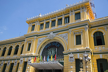 The French colonial era General Post Office in Ho Chi MInh City, Vietnam, Indochina, Southeast Asia, Asia