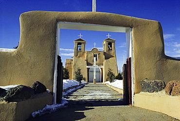 Mission San Francisco de Asis, Ranchos de Taos, New Mexico, USA