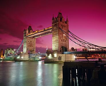 Tower Bridge and Thames River, London, England, UK, Europe - 252-10232