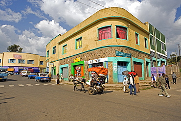 Typical street scene in Gonder, Gonder, Gonder region, Ethiopia, Africa