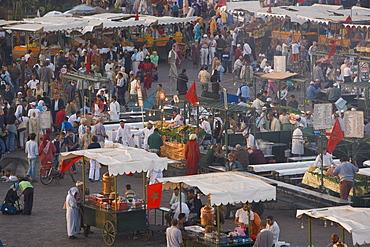 Food stalls in the evening, Djemaa el Fna, Marrakesh, Morocco, North Africa, Africa