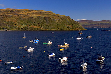 Harbour, Portree (Port Righ), Isle of Skye, Inner Hebrides, west coast, Scotland, United Kingdom, Europe