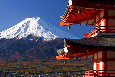 Mount Fuji capped in snow and the upper levels of a temple, Fuji-Hakone-Izu National Park, Central Honshu (Chubu), Japan, Asia