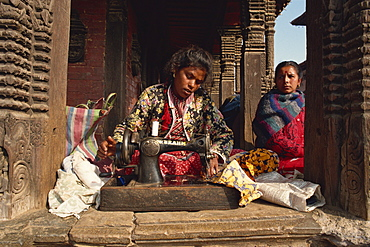 Seamstress, Durbar Square, Kathmandu, Nepal, Asia