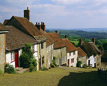 Gold Hill, Shaftesbury, Dorset, England, UK