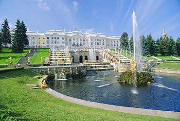Summer Palace, Petrodvorets (Peterhof), near St. Petersburg, Russia
