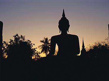 Buddha statue in the historical park, Old Sukothai / Muang Kao, Sukothai, Thailand, Asia