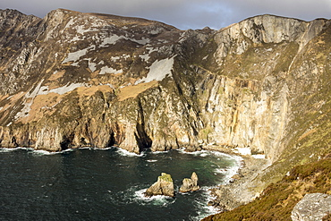 Sea cliffs 600m high against the Atlantic Ocean, Slieve League, County Donegal, Ulster, Republic of Ireland, Europe