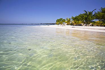 Bando Beach, Utila, Bay Islands, Honduras, Central America