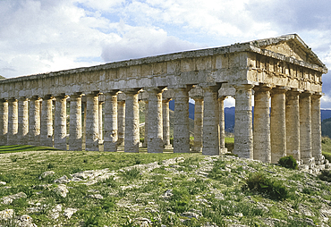 Temple at Segesta, Sicily, Italy *** Local Caption ***