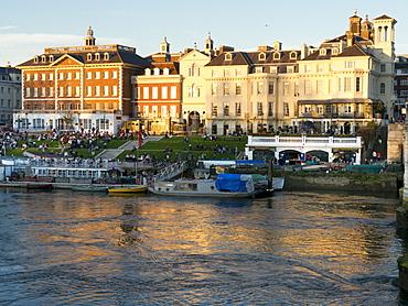 River scene, Richmond upon Thames, Greater London, Surrey, England, United Kingdom, Europe