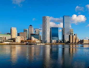 Canary Wharf cityscape, Docklands, London, England, United Kingdom, Europe