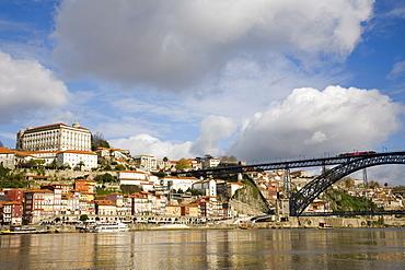Cais de Ribeira waterfront with Ponte de Dom Luis I Bridge, Ribeira, Oporto, Portugal, Europe
