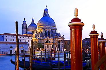 Grand Canal with Church of Santa Maria della Salute, Venice, UNESCO World Heritage Site, Veneto, Italy, Europe