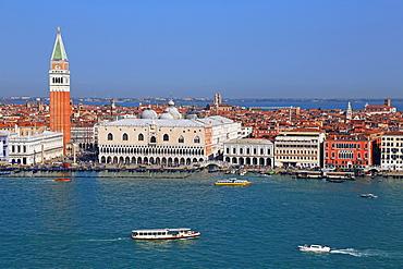 View towards Campanile and Doge's Palace, Venice, UNESCO World Heritage Site, Veneto, Italy, Europe