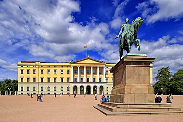 Equestrian statue of King Karl Johan at Royal Palace, Oslo, Norway, Scandinavia, Europe