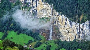 Staubbach Waterfall, Lauterbrunnen, Bernese Oberland, Switzerland, Europe