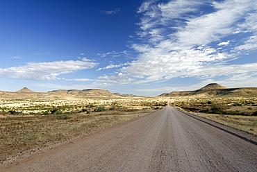 Road leading through Kaokoland, Namibia, Africa