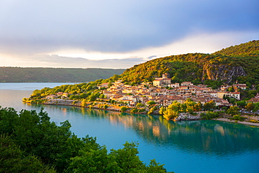 Bauduen Village, Lac de Sainte-Croix, Gorges du Verdon, France, Europe