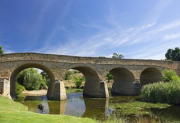 Richmond Bridge and Coal River, Richmond, near Hobart, Tasmania, Australia, Pacific