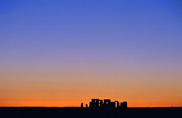 Standing stone circle, Stonehenge, Salisbury Plain, Wiltshire, England, UK, Europe