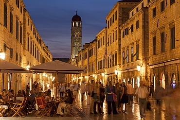 Stradun, Placa at dusk, Dubrovnik, Croatia, Europe